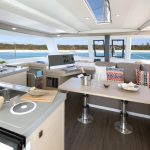 Lucia 40 - Big saloon and kitchen