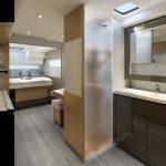 Saba 50 - Desk with master cabin