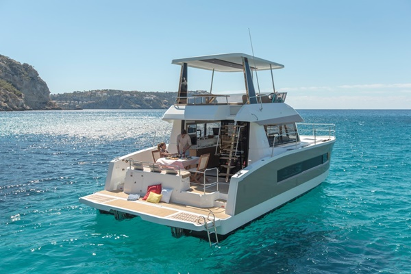 Fountaine Pajot MY 37 – 03