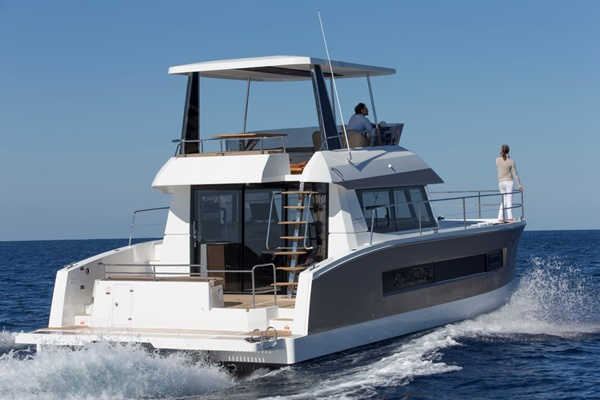 Fountaine Pajot MY 37 – 05