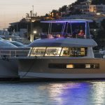 FP Motor Yacht 37 - Mooring night